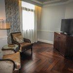 Super sassy suite, sitting room