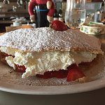 Strawberry French pancake