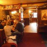 Photo de Lowry's Bar