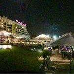 Crowne Plaza Muscat Foto