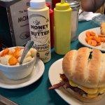 Photo de Mom's Cafe