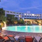普雷西登特聖薩爾瓦多喜來登酒店照片