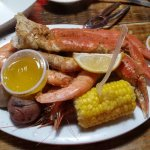 Shrimp and snow crab combo