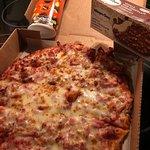 صورة فوتوغرافية لـ Sir Pizza