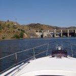 Approaching Pocinho Lock