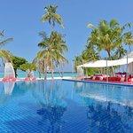 Breeze Pool Bar