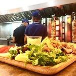 Foto de GoldenOlives Greece Restaurant
