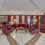 Royalton Lounge