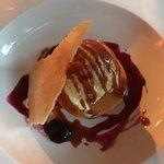 Desert-Carmel Ice Cream Sundae
