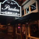 Peerless Saloon and Grilleの写真