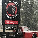 Roadhouse Pub & Eatery