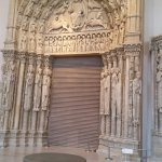 Aile Gothique du musée (architecture 1937) Porche d'Amiens