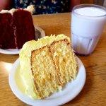 Zdjęcie Donut Hole Bakery Cafe