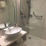 Photo de db San Antonio Hotel + Spa