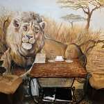 What's a Jungle Safari room without a lion at beside?!