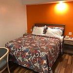 King bed. Good lighting. Remodeled room.