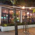 Photo de Holiday Inn Express Phuket Patong Beach Central