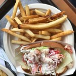 nice size lobster roll (typical) not too goopy - great fries!