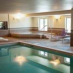 Holiday Inn Express & Suites Wichita Northeast Foto