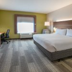 Photo of Holiday Inn Express Grand Prairie I-20