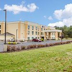 Photo of Comfort Suites Lewisburg