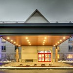 Photo of Holiday Inn Express & Suites Lincoln East - White Mountains