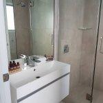nice clean and tidy bathroom