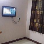 falt Tv in bedroom