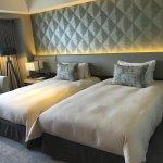 Tower floor twin beds