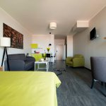 Family room with kitchenette (up to 5 pax)