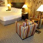 Cozy Deluxe Room #116 - Mission Inn Santa Cruz (17/Aug/17).