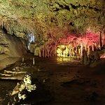 Photo de Cuevas dels Hams