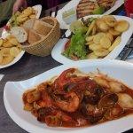 Meerfrüchte mit Brot, Salat und Bratkartoffeln, EIN TRAUM wie im Urlaub!!!