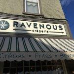 Ravenous의 사진