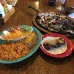 La Fiesta Mexican Restaurant照片