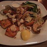 صورة فوتوغرافية لـ Waves Seafood Restaurant