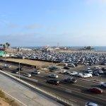 La plage de Santa Monica située seulement à 10 minutes à pieds ...
