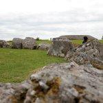 Photo de Carrowmore Megalithic Cemetery