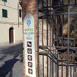 Photo de Palazzo di Valli