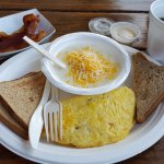 Omelet & Grits with Cheese