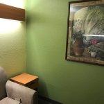 Photo de Microtel Inn & Suites by Wyndham Auburn