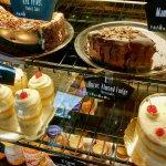 صورة فوتوغرافية لـ Kneaders Bakery