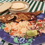 whole fish with rice and steamed tortillas