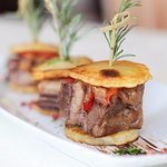 Braised U.S. Short Ribs Slider