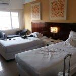 Foto de Maharani Beach Hotel