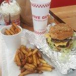Bacon Cheeseburger, Little Fries