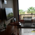 Nice sea view, second floor, quiet room, 5 minutes to the hotels beach