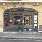 L'entrée du restaurant Rue caponnière