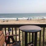 Photo de Wavecrest Oceanfront Resort
