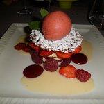 dessert du repas gastronomique,tres visuel et très bon.